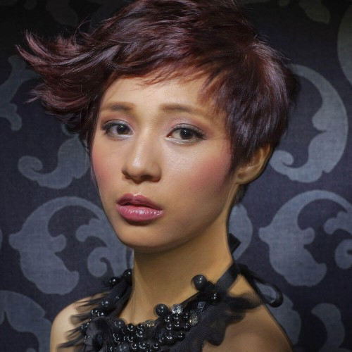 Model with very short hair done by Restyle hair stylists